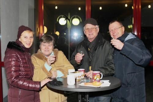 2015-12-20-Punschstand5